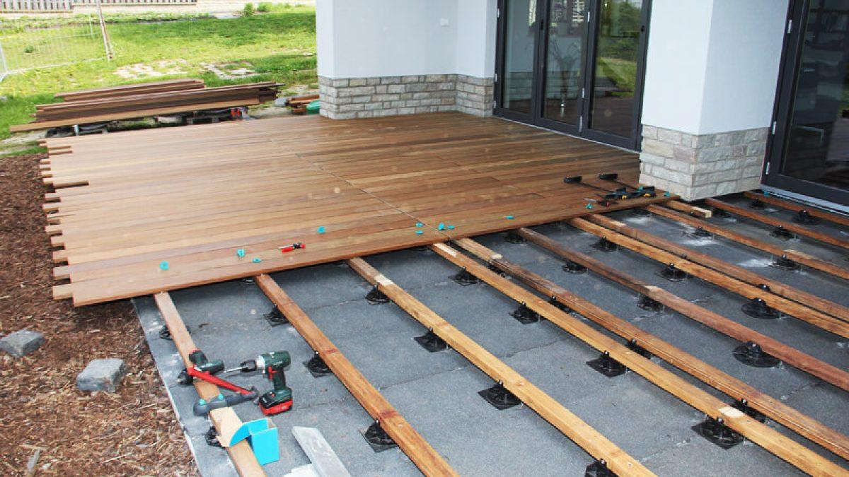 Die optimale Unterkonstruktion für die Holzterrasse   HOLZwelten