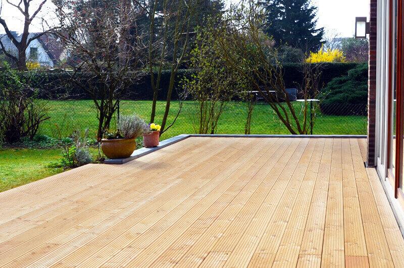 Holz-Terrassendielen aus Lärche