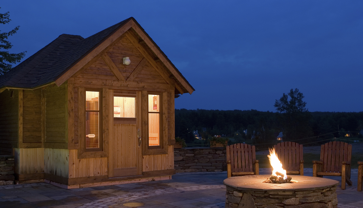 sauna im eigenen garten leicht gemacht holzwelten. Black Bedroom Furniture Sets. Home Design Ideas