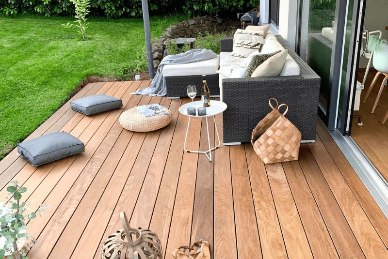 Ipe-Terrassen mit Farbspiel